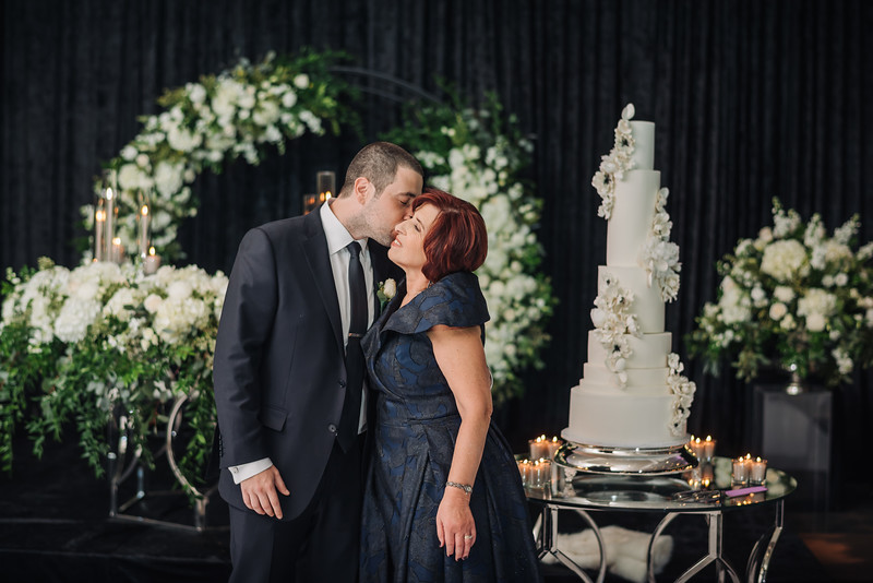 2018-10-20 Megan & Joshua Wedding-680.jpg