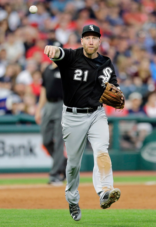 . Chicago White Sox\'s Todd Frazier throws out Cleveland Indians\' Daniel Robertson at first base in the fifth inning of a baseball game, Saturday, June 10, 2017, in Cleveland. (AP Photo/Tony Dejak)