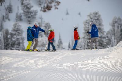 02052016 Ski school kids marketing shots
