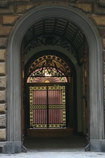 florence-gate_2094962421_o.jpg
