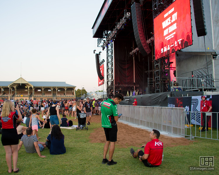 Rick Kelly attending the Amy Shark concert