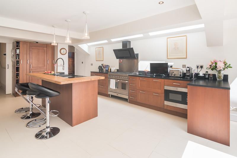 20170601- pkp - UTDM - Stokenchurch - Kitchen 2.jpg
