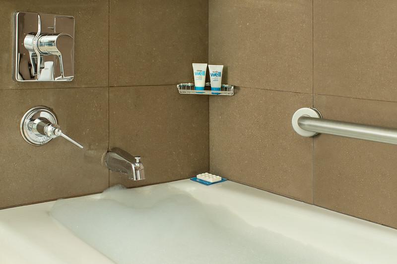 23-Bath-HH Frisco.jpg