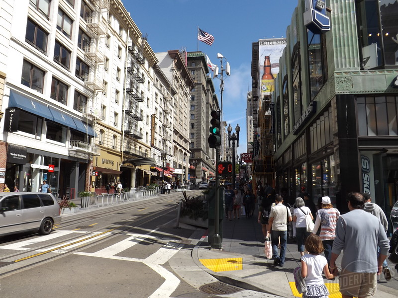 Looking down Powell from O'Farrell