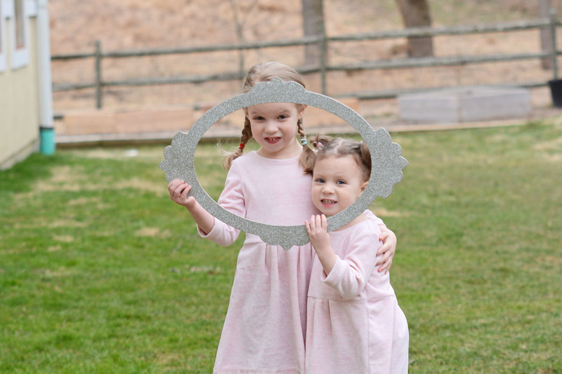 Siblings_Kati and Madison Mahar.JPG
