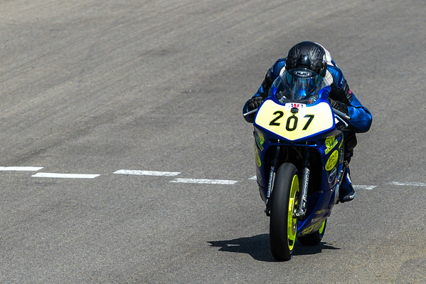 Race 02