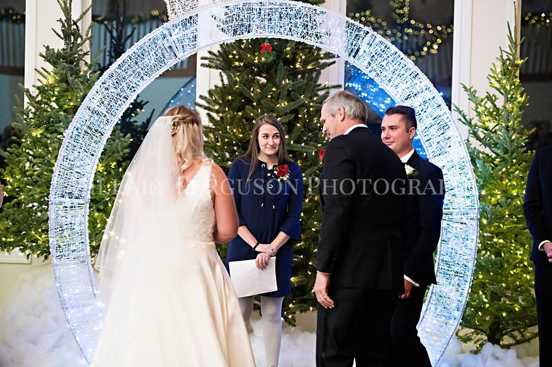 Hillary_Ferguson_Photography_Melinda+Derek_Ceremony066.jpg