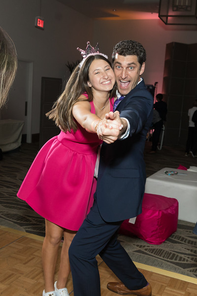 Maddie's Bat Mitzvah Party - Luxe Sunset Blvd Hotel
