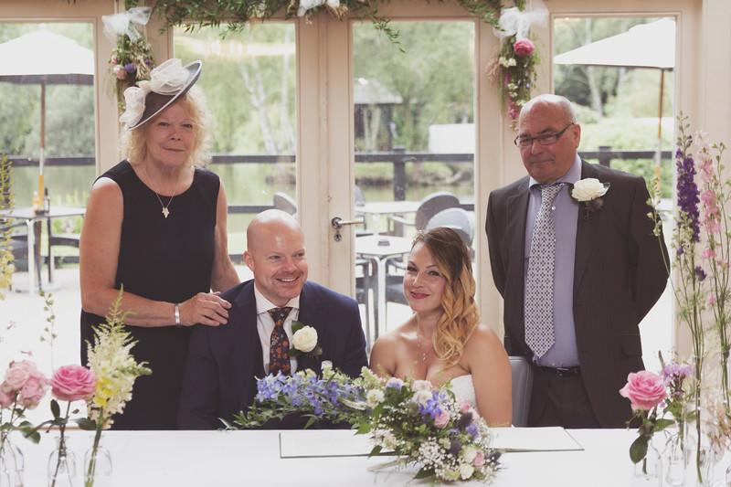 Sam_and_Louisa_wedding_great_hallingbury_manor_hotel_ben_savell_photography-0097.jpg
