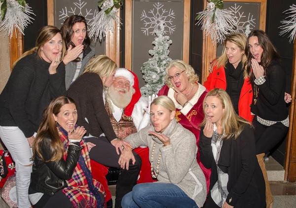 2016 3:00 to 4:00 Santa at the Grove Arcade