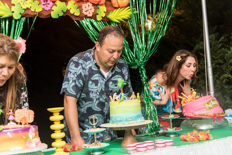 Aloha Birthday Party Cesar LumoBox-153.jpg