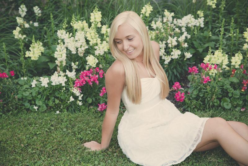 Megan Senior-132.jpg