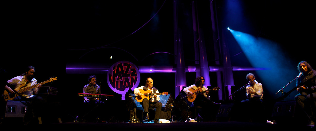 Paco de Lucia at Jazz à Juan 2010 8<br /> Paco de Lucia in concert at Jazz à Juan 2010