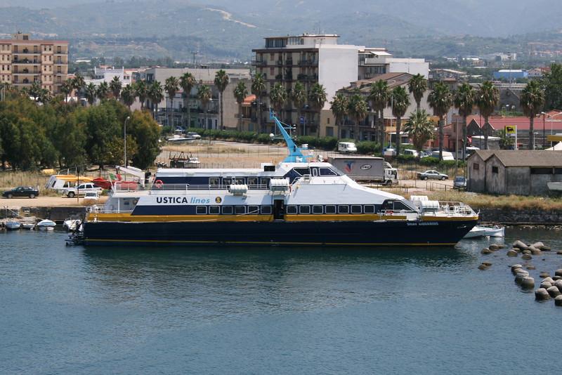 2009 - SNAV AQUARIUS in Milazzo.