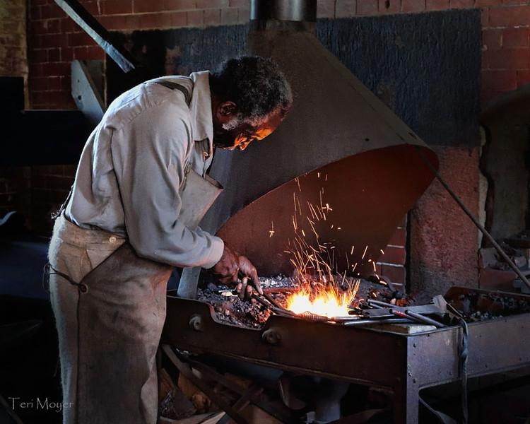 blacksmith_ft_del_8_20141019_1679049148.jpg