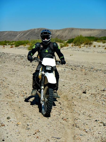 MojaveTrailMayhem2012-04-28 09-13-44.JPG