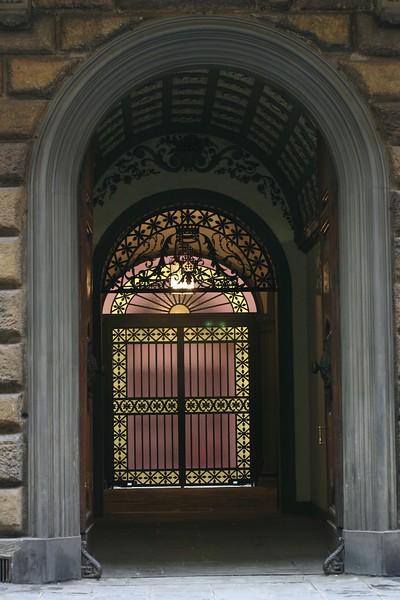 florence-gate_2087173839_o.jpg
