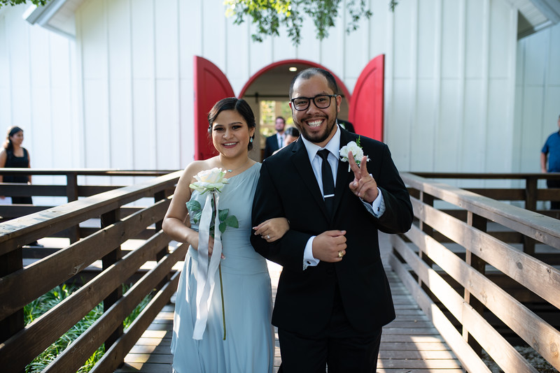 Kaitlin_and_Linden_Wedding_Ceremony-171.jpg