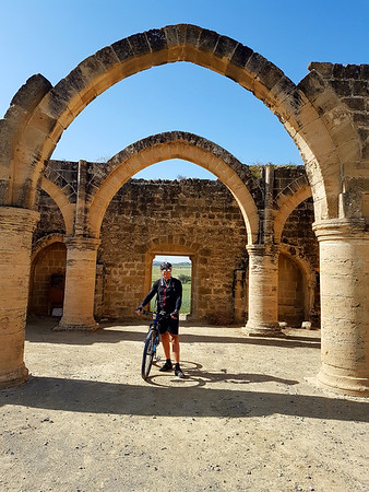 Cycling to Ayios Sozomenos