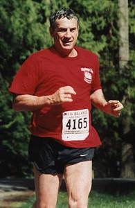 2002 Sooke River 10K - Dr. Participator, Dan Harlow