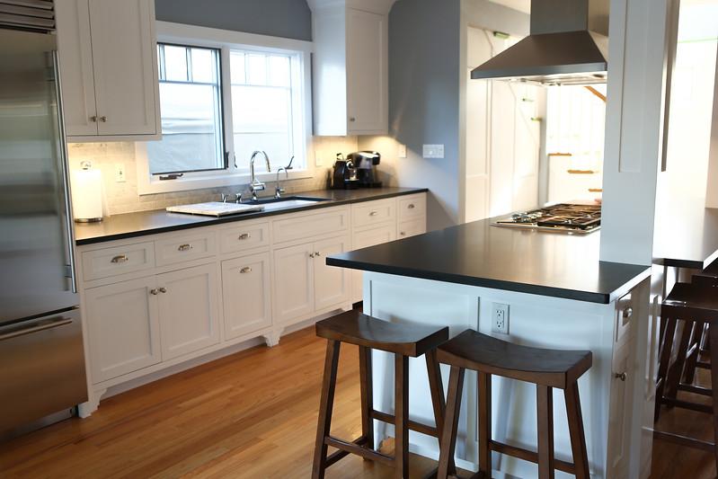 029_Kitchen2.jpg