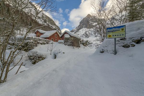 Snowshoeing Engelberg (2018-01-01)