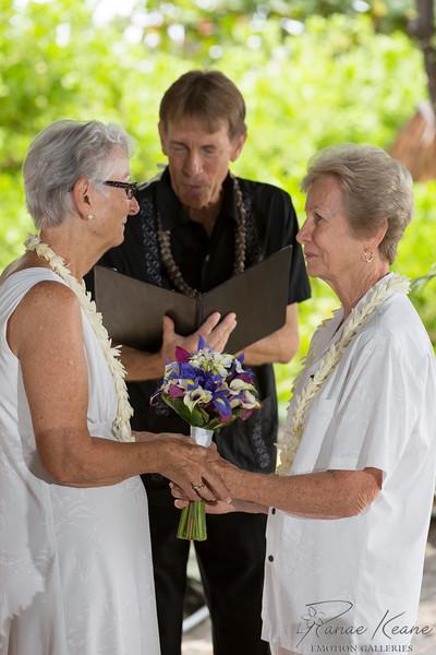 035__Hawaii_Destination_Wedding_Photographer_Ranae_Keane_www.EmotionGalleries.com__141018.jpg