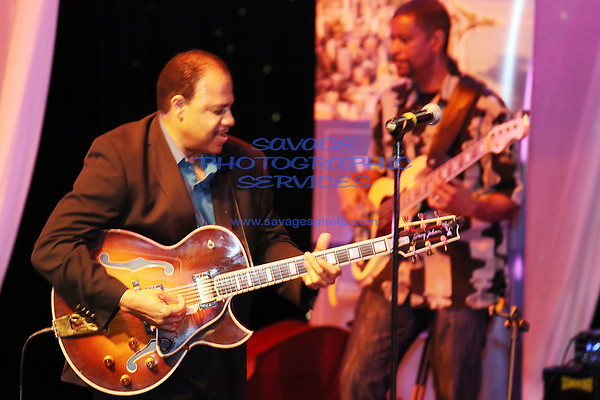 Tribute To George Benson, Wes Montgomery & Kenny Burrell featuring Michael Ross, Curtis Robinson & Henry Johnson 6-17-15