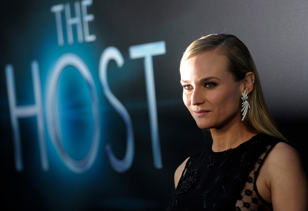 """. Diane Kruger, a cast member in \""""The Host,\"""" poses at the Los Angeles premiere of film at the ArcLight Hollywood on Tuesday, March 19, 2013 in Los Angeles. (Photo by Chris Pizzello/Invision/AP)"""