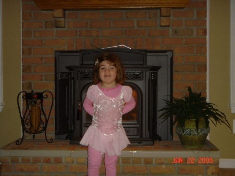Madison in Ballerina Outfit.JPG