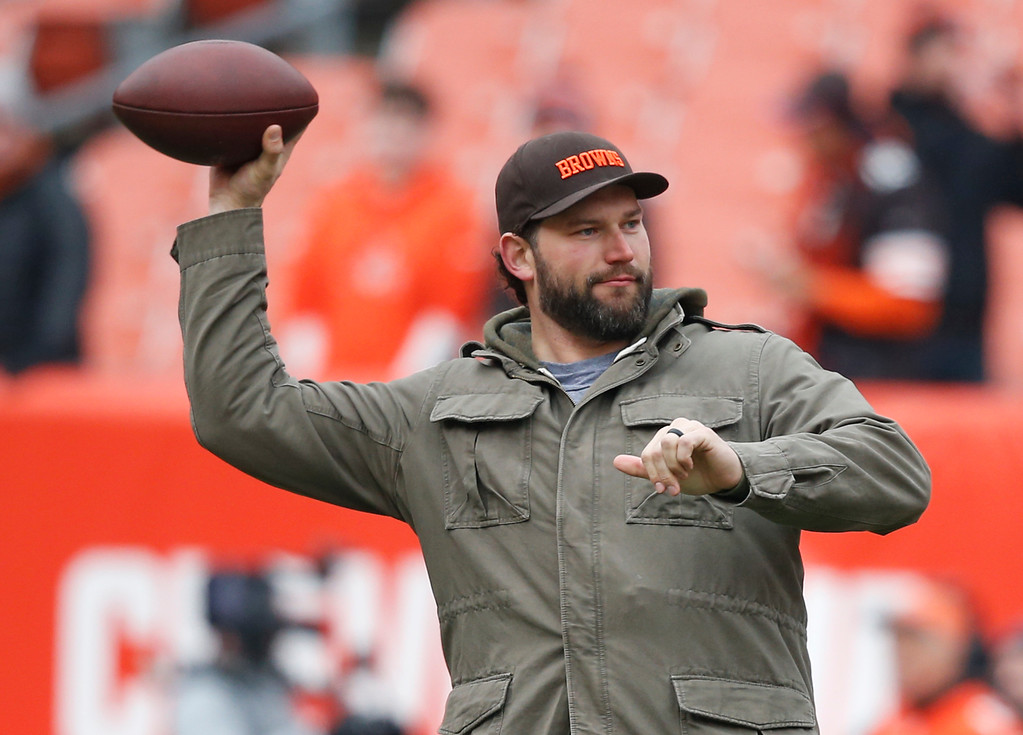 . Cleveland Browns tackle Joe Thomas throws the ball before an NFL football game between the Baltimore Ravens and the Cleveland Browns, Sunday, Dec. 17, 2017, in Cleveland. (AP Photo/Ron Schwane)