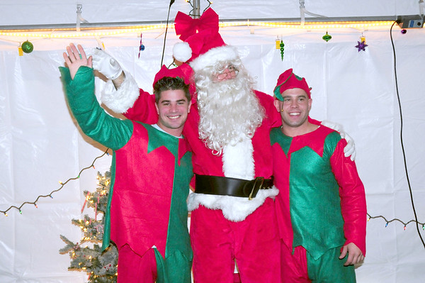2008 Firehouse Christmas Party at E 28 -L 11