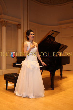 Carnegie Hall Concert by Chau-Giang Thi Nguyen Oct 23, 2012