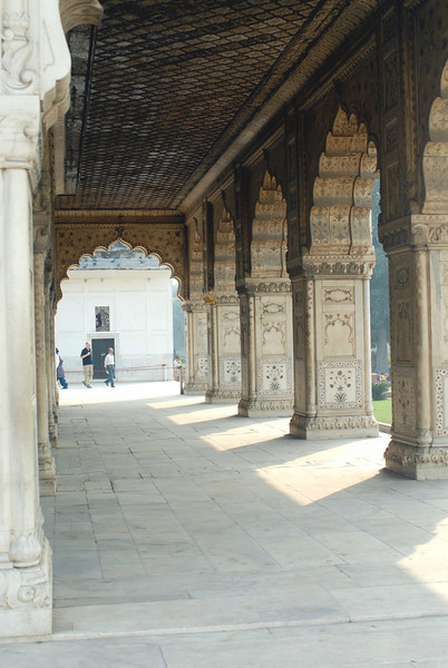 Red Fort Pavillion Arches 5.jpg