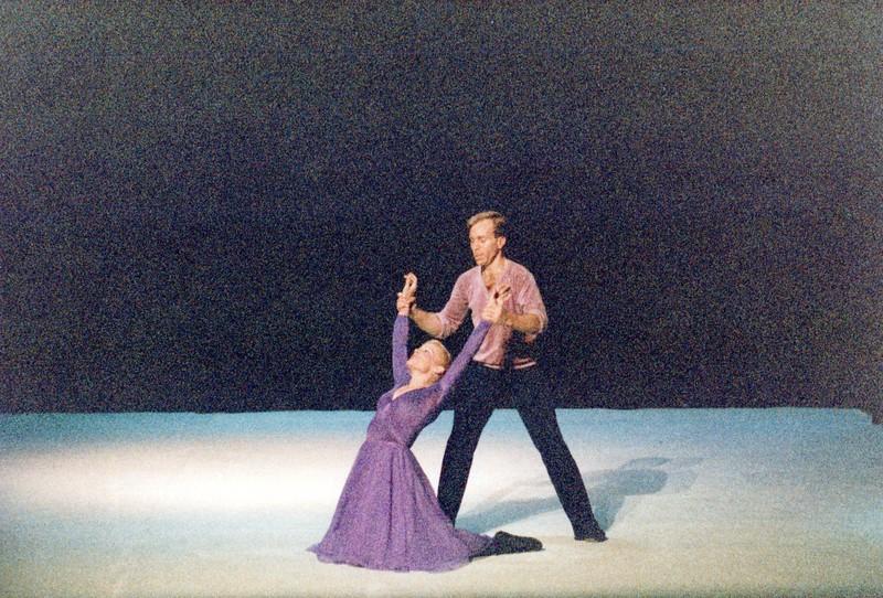 Dance_2298_a.jpg