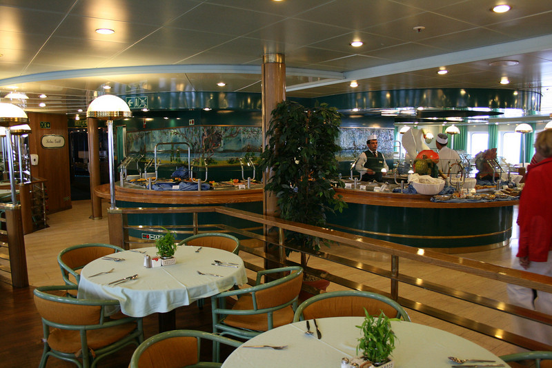 On board M/S ATHENA : Lotus pool grill, Calypso deck.
