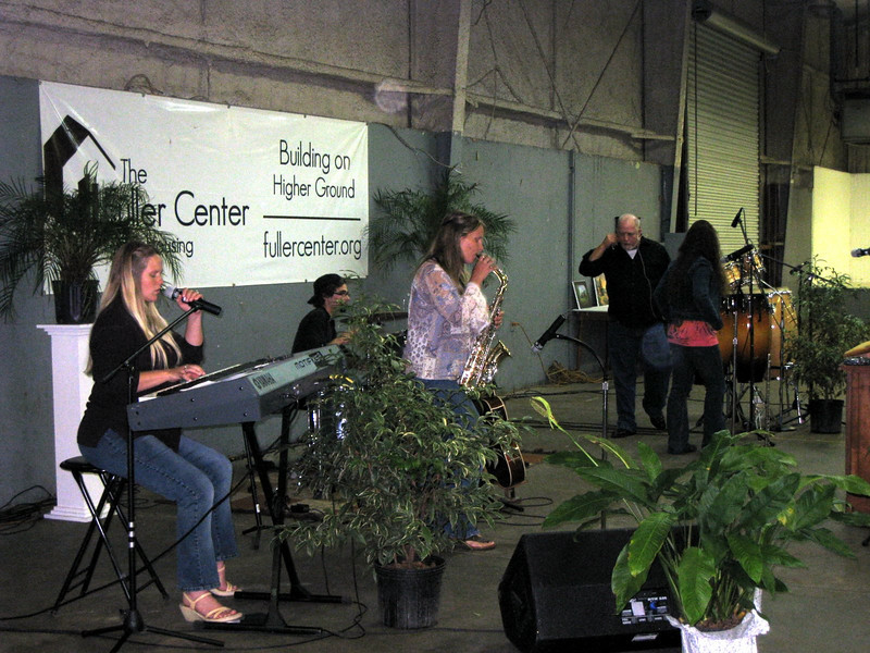 09 11-14 Entertainment at Fish Fry & Auction Fundraiser lcf