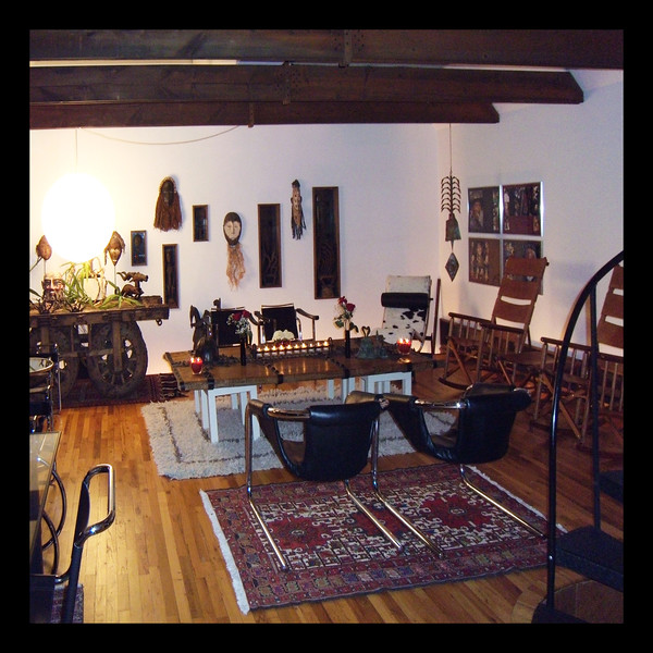 15. Studio - Hardwood Floor - Cathedral Ceiling - 20'x24'.jpg