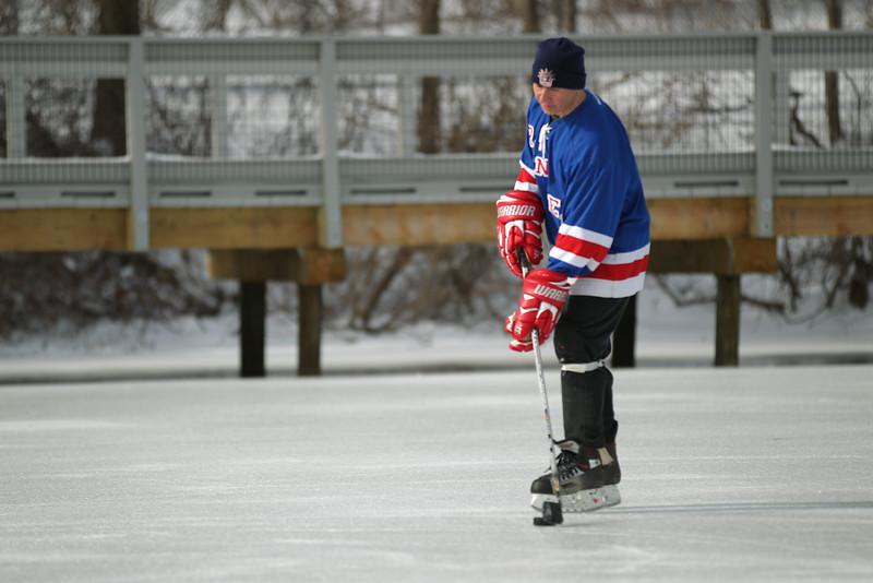 20140208_EMCphotography_PondHockeyCongersLakeNY-15.jpg