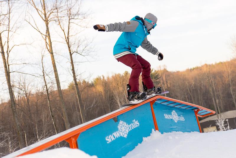 Kick-Off-2014_Snow-Trails-70.jpg