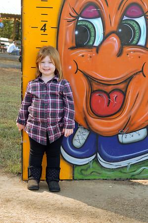 Gracie & Ava's (1st trip) to Pumpkin Patch Farms 2016