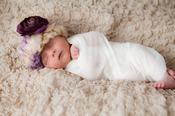 Naomi Newborn Jan 2012