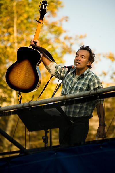 SpringsteenLPanetta_1957.jpg