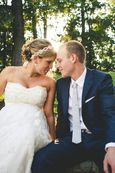 Kegan + Samantha {Wedding} at Oakwood Resort in Syracuse, Indiana