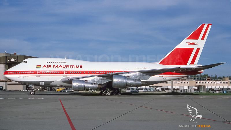 Air Mauritius_B74SP_3B-NAJ__ZRH_19890400_Ramp_Sun_0858-020_AM.jpg