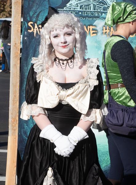 costumes2019-1.jpg