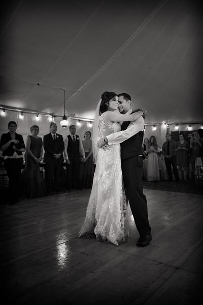 LMVphoto-Ashley and Kevin-161008-1412-Edit.jpg