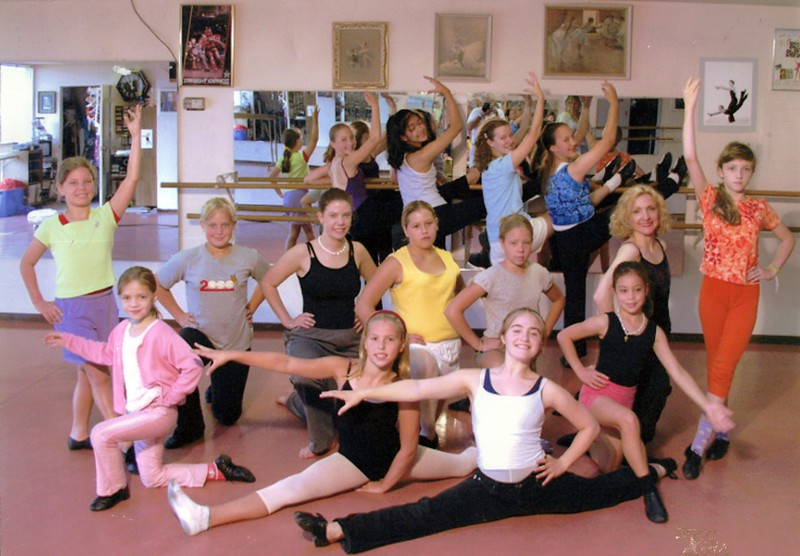 Dance_1001_a.jpg