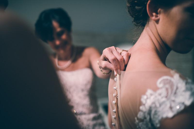 Philadelphia Wedding Photographer - Bernreuther-201.jpg