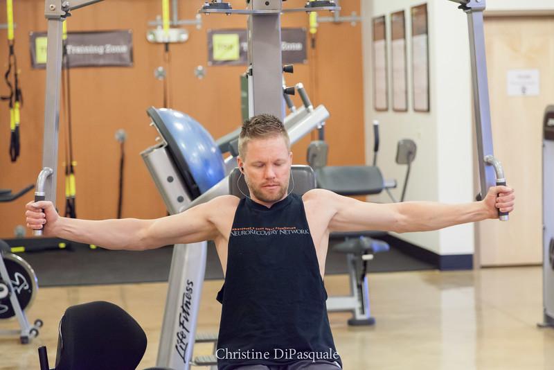 Dustin at the Gym 13Feb2015-0468.jpg